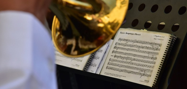 Kunst zum Gottesdienst - Trompeten und Orgel